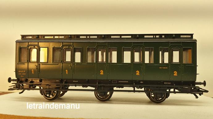 letraindemanu (841) voiture voyageur 3 pattes ex prussienne Marklin 4204.jpg
