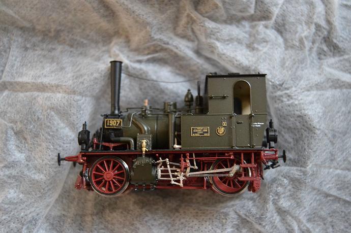 Micro metakitcomment 10103 H Tender Locomotive T 0 de la KPEV.jpg
