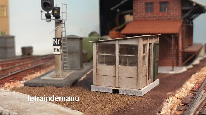 letraindemanu (904) cabine aiguillage cités miniature.jpg