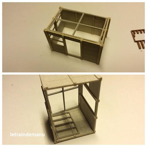 letraindemanu (900b) cabine d'aiguillage Cités miniatures.jpg