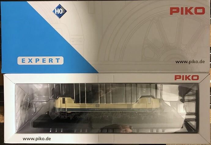 Piko E118 03