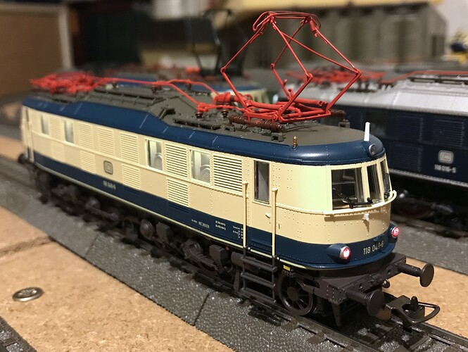 Piko E118 12