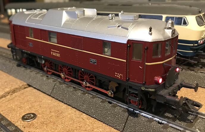 MK34210 - V140 c