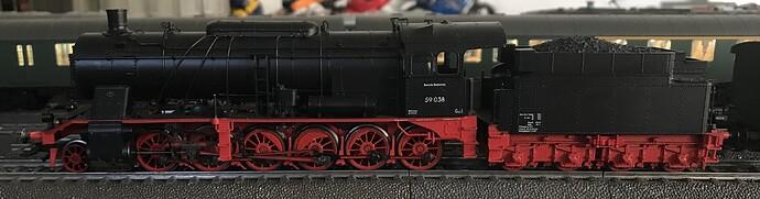 MK37058 b