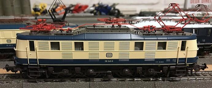 Piko E118 09