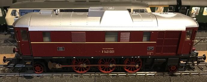 MK34210 - V140 e