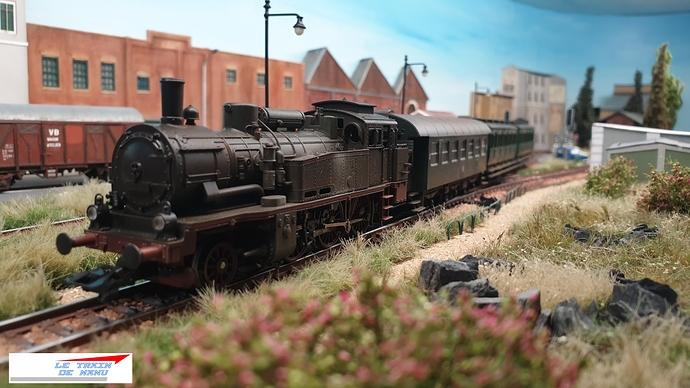 letraindemanu (1792) Patine locomotive à vapeur Marklin Ho T12 Br74